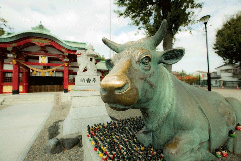 上野天満宮の撫で牛
